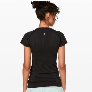 Lululemon Sz 10 Swiftly Tech Crew SS Breeze Black